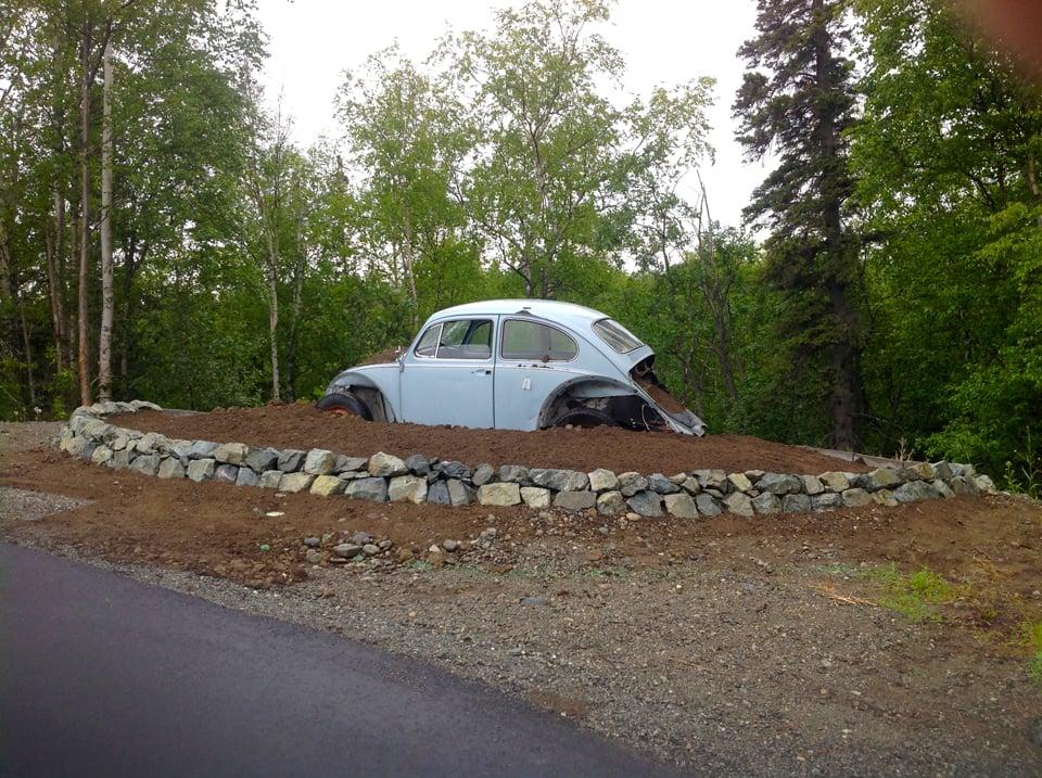 Landscaping mound